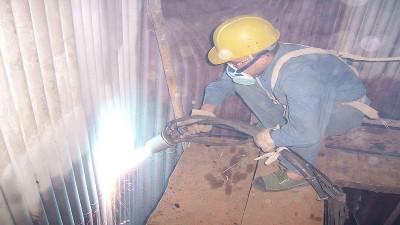 锅炉水冷壁泄漏有哪些现象?造成泄露的主要原因是什么呢?